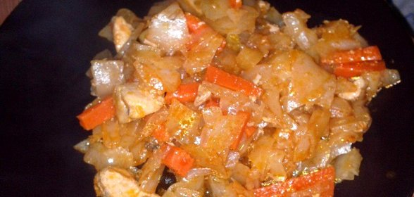 Тушеная капуста с курицей в кастрюле пошаговый