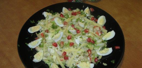 Салат с перепелиными яйцами и пекинской капустой