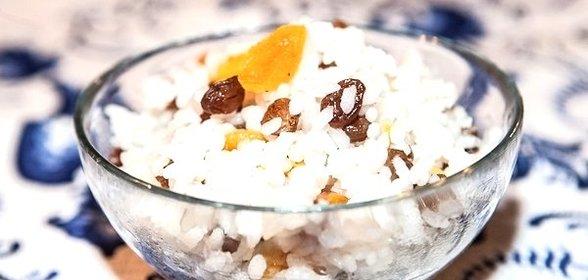 Как сделать рис с изюмом на поминки