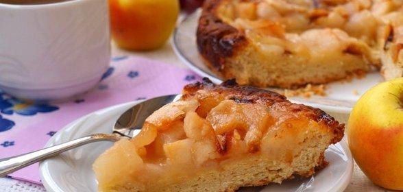 Пирог с грушами и яблоками фото