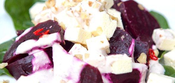 Салат любимый рецепт с фото с сыром